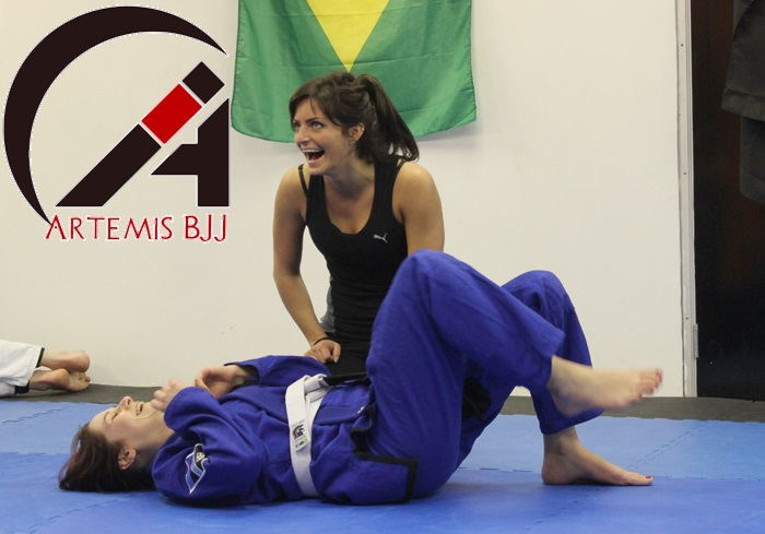 artemis-bjj-women-laughing brazilian jiu jitsu